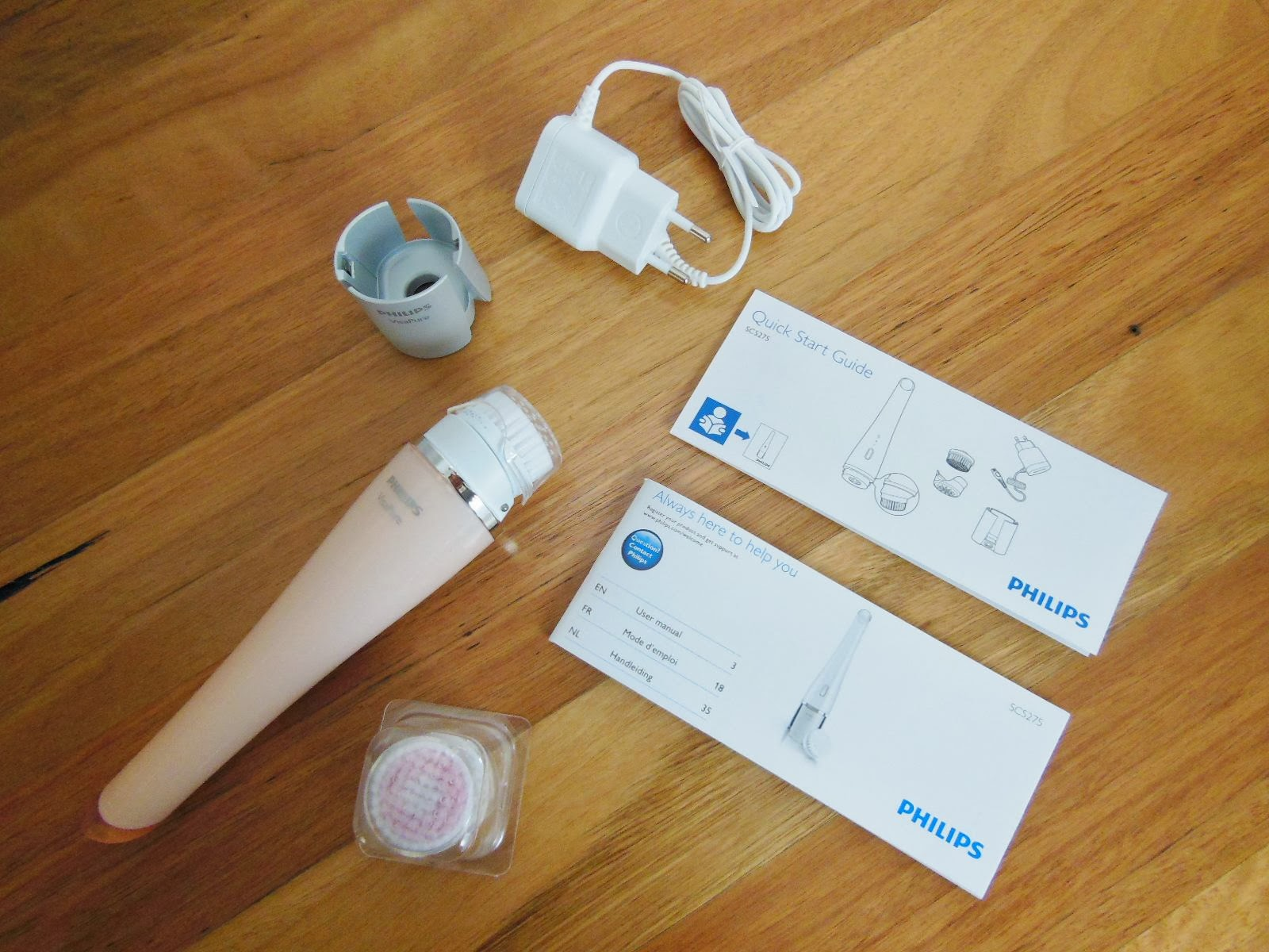 May_rua_mat_Philips_PureRadiance_Skin_Cleaning_System