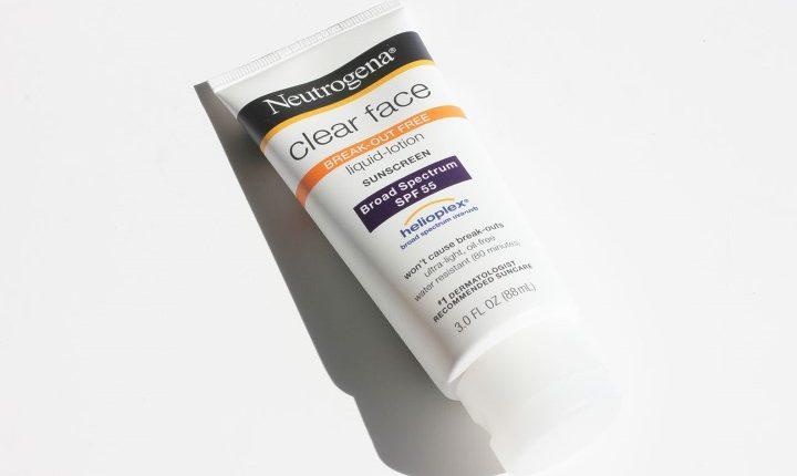 Review kem chong nang Neutrogena Clear Face