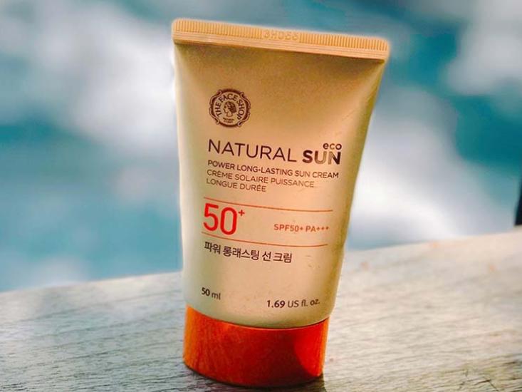 Review kem chong nang Natural Sun Eco ve thiet ke