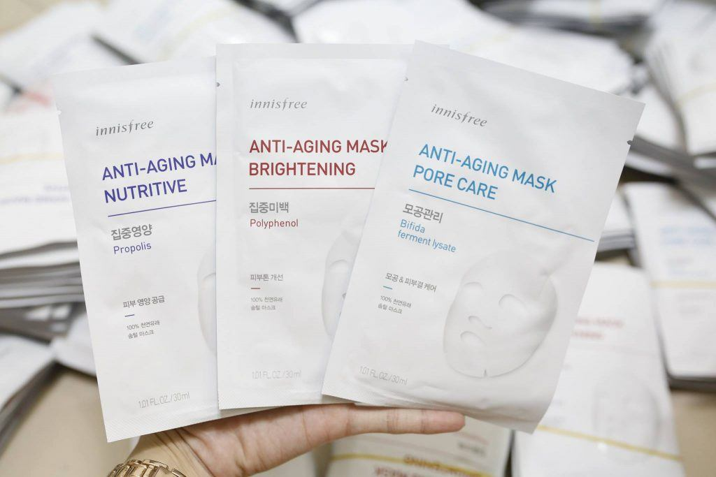 dong mat na Innisfree Anti Aging Mask