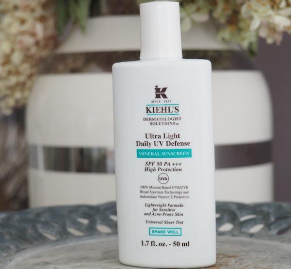 review kem chống nắng Kiehl's Ultra Light Daily UV Defense Mineral Sunscreen về thành phần