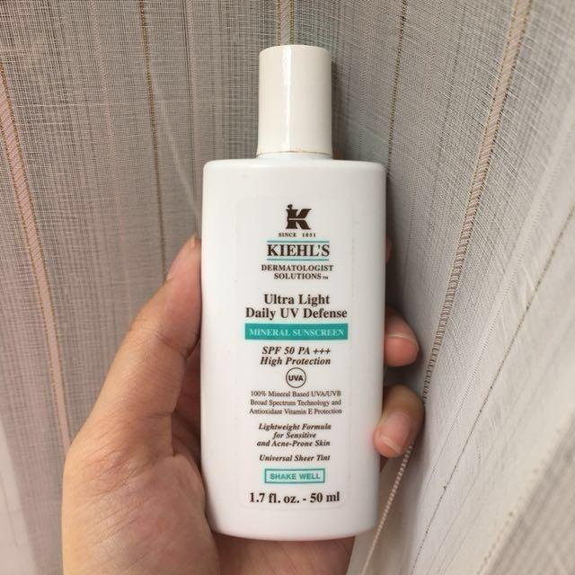 review kem chống nắng kiehl's ultra light