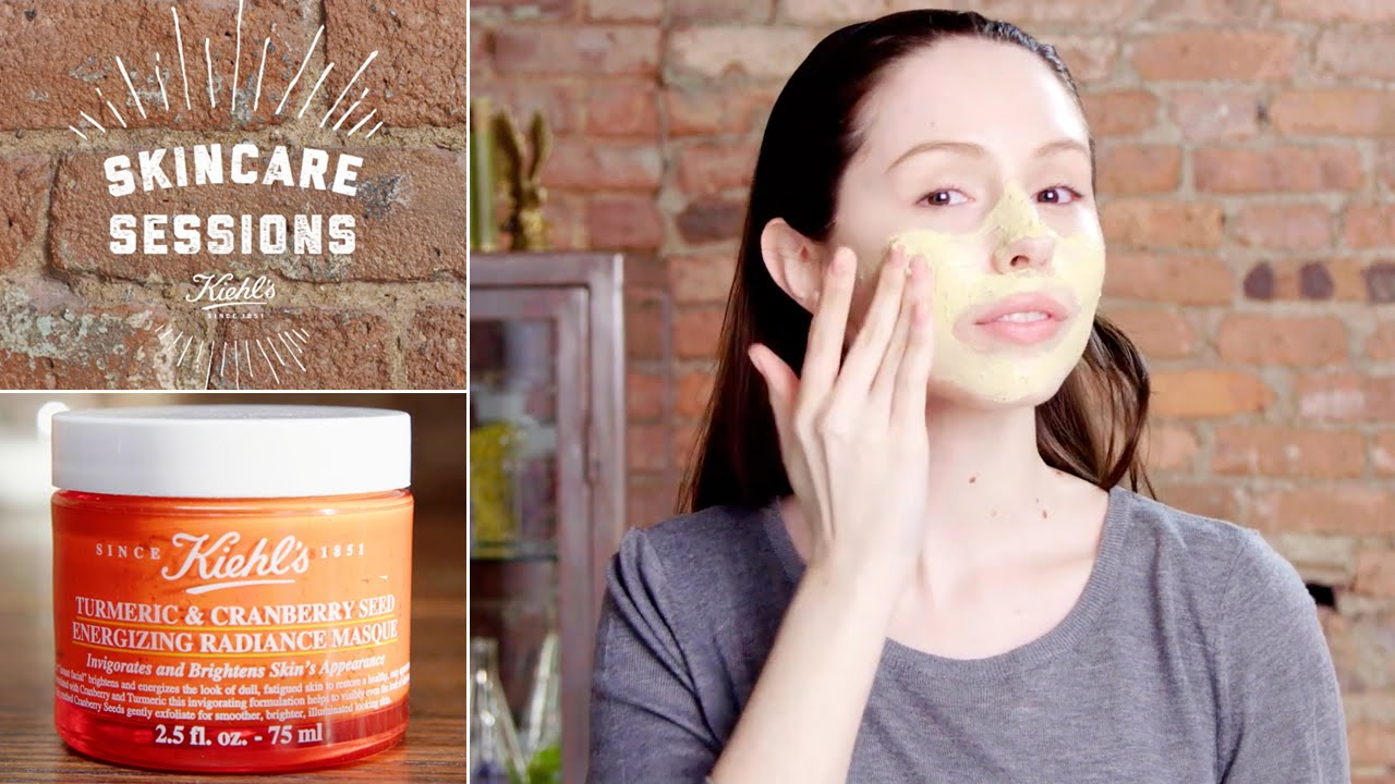 mat na Kiehl's Turmeric & Cranberry Seed Energizing Radiance Masque