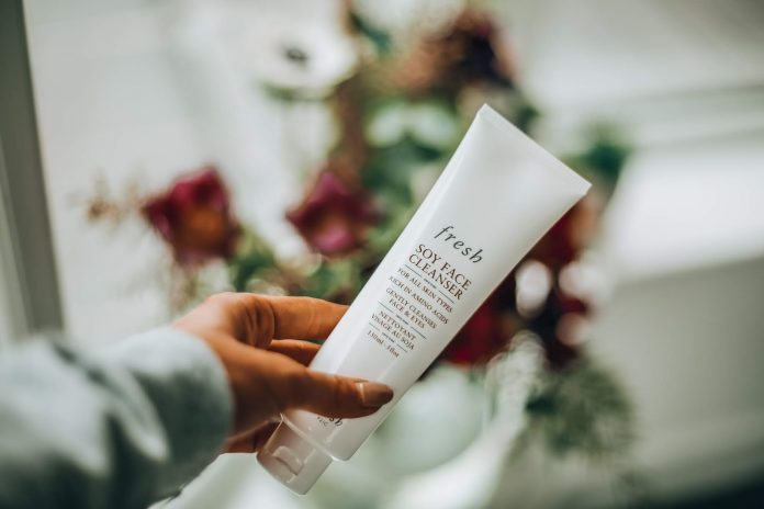 review sữa rửa mặt fresh soy face cleanser