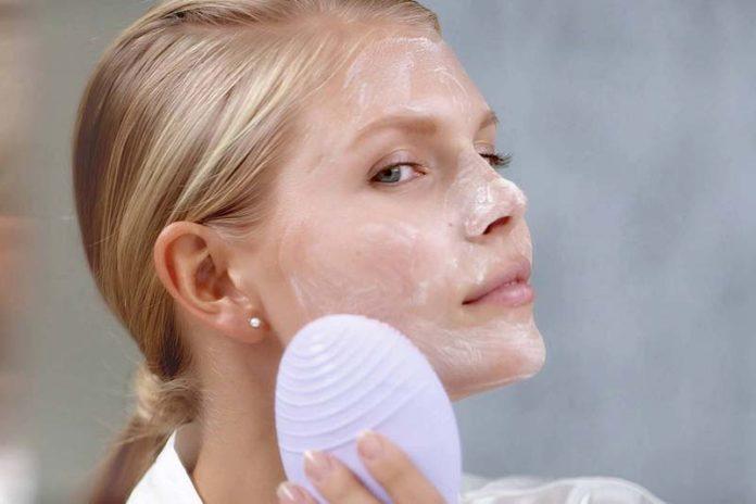 review sữa rửa mặt fresh soy face cleanser về cách sử dụng