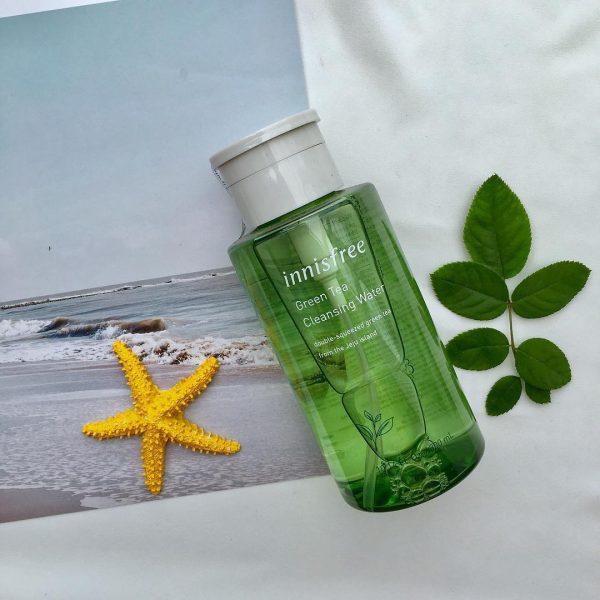 review nước tẩy trang trà xanh innisfree về bao bì