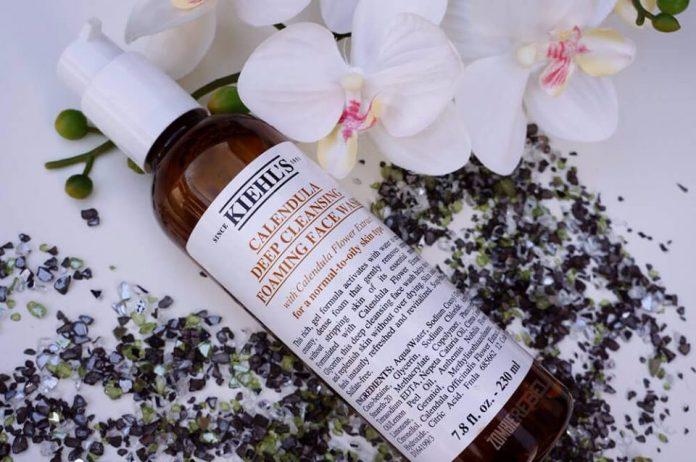 review sữa rửa mặt hoa cúc kiehl's