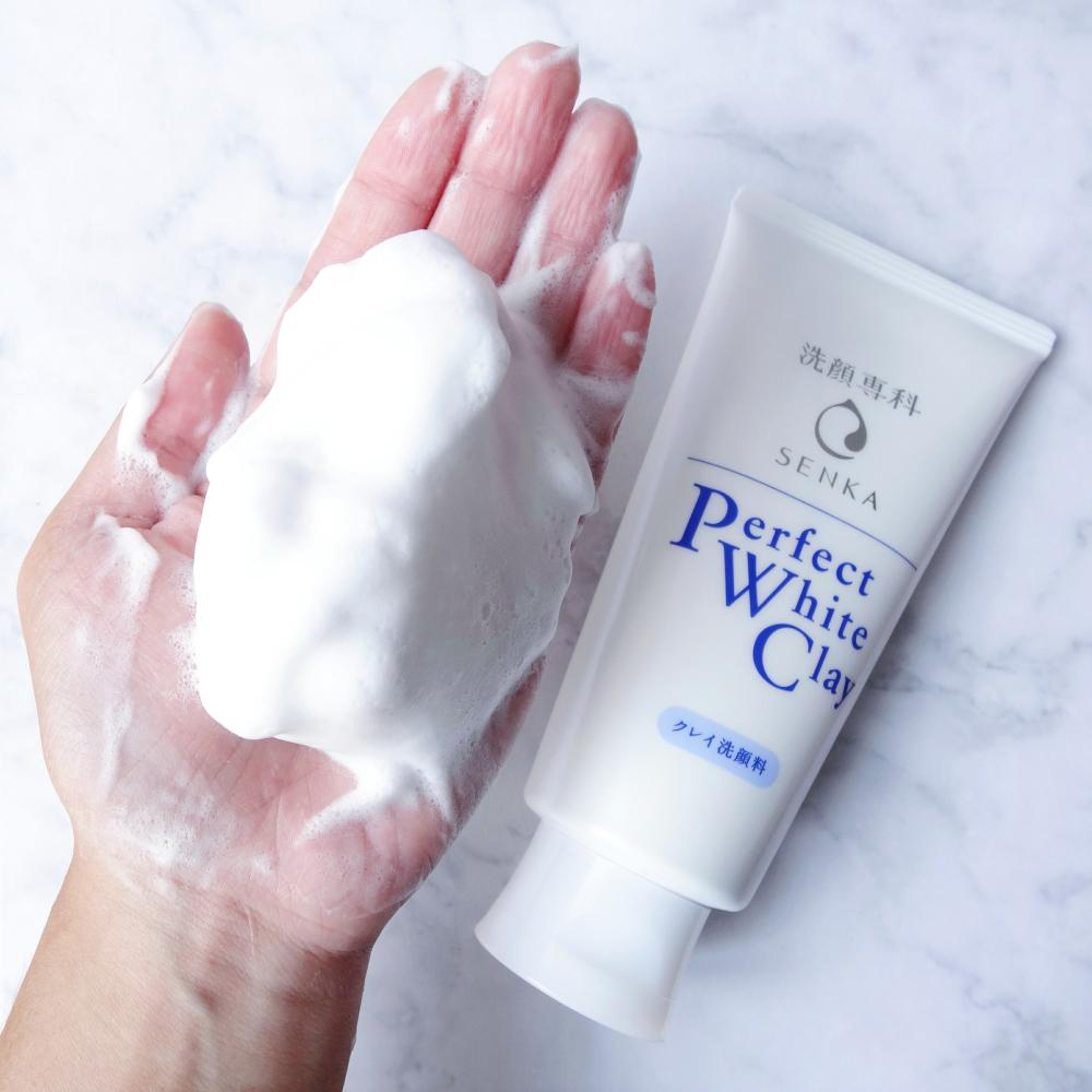 Kết quả hình ảnh cho Sữa Rửa Mặt Senka Perfect White Clay
