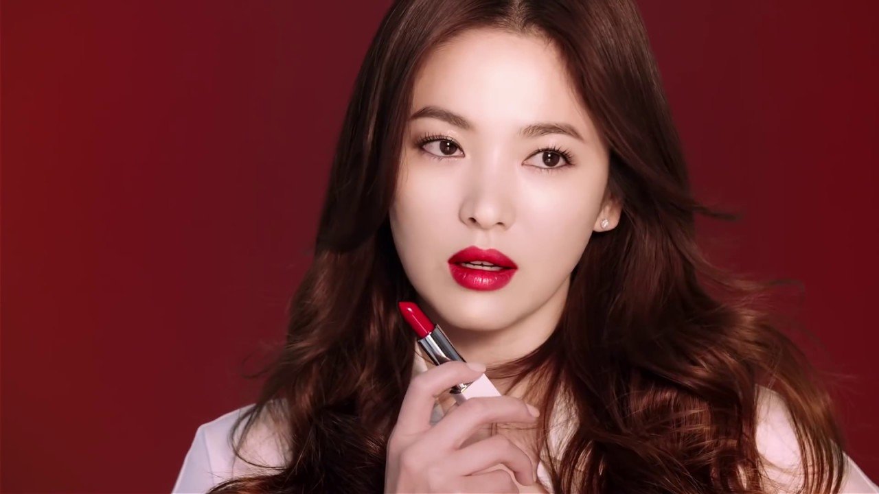 Laneige Silk Intense Lipstick bam mau kha on
