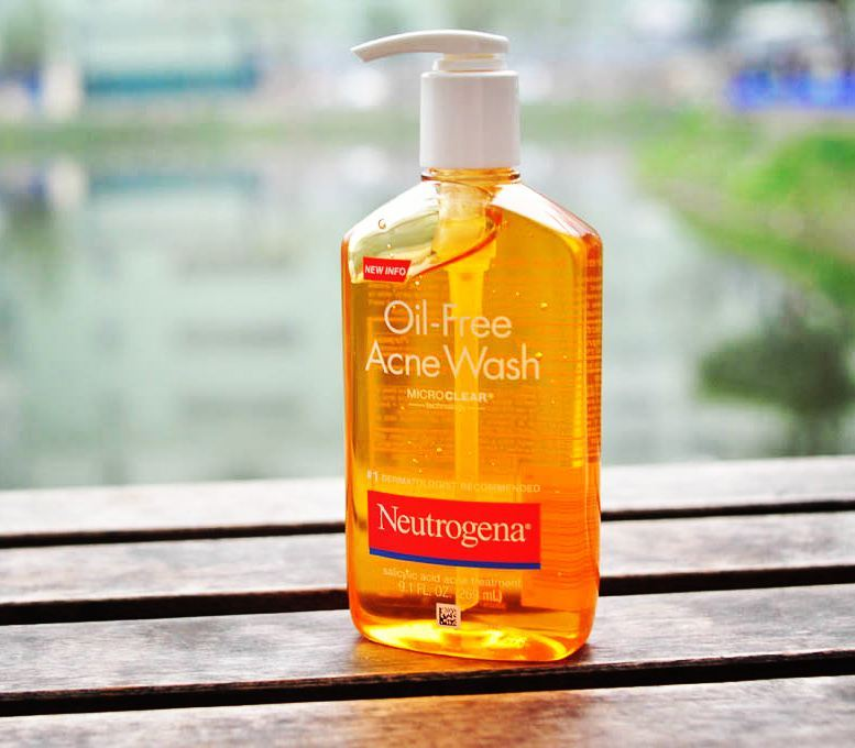 review sữa rửa mặt neutrogena oil free acne wash