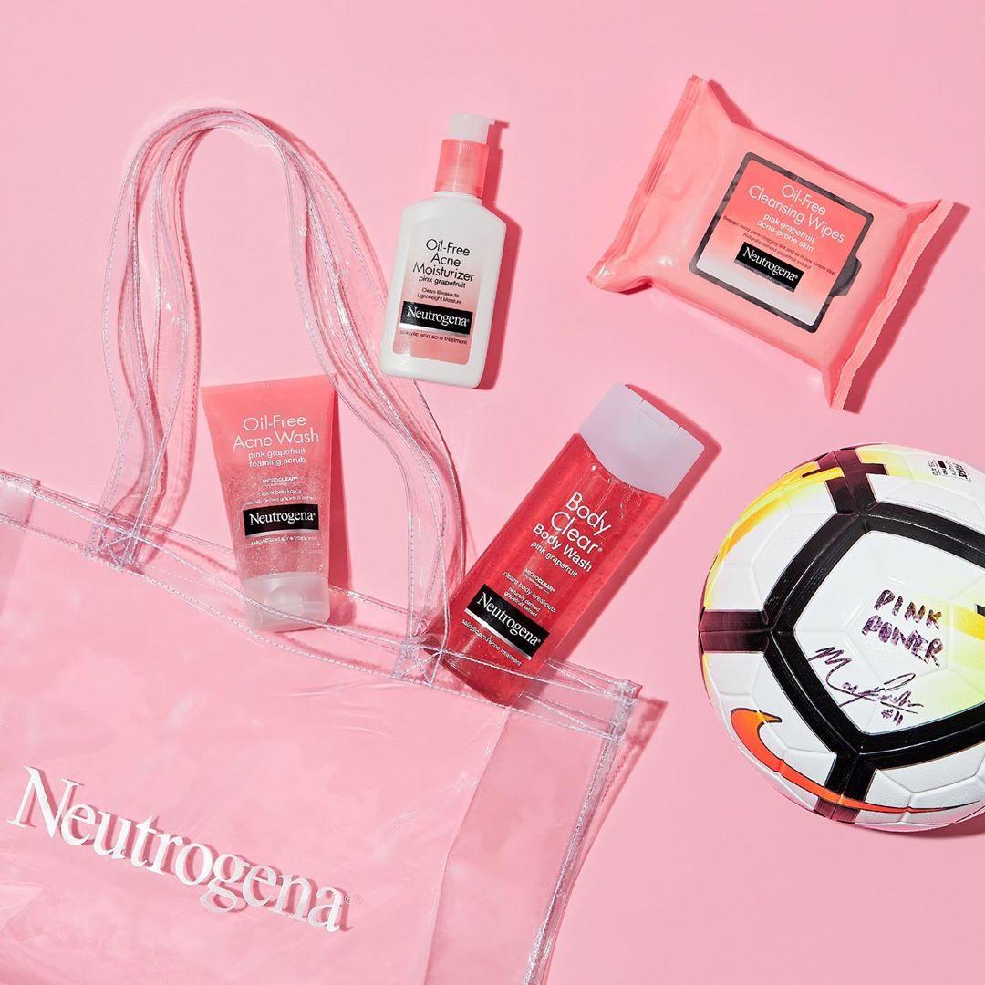 review sữa rửa mặt Neutrogena Pink Grapefruit