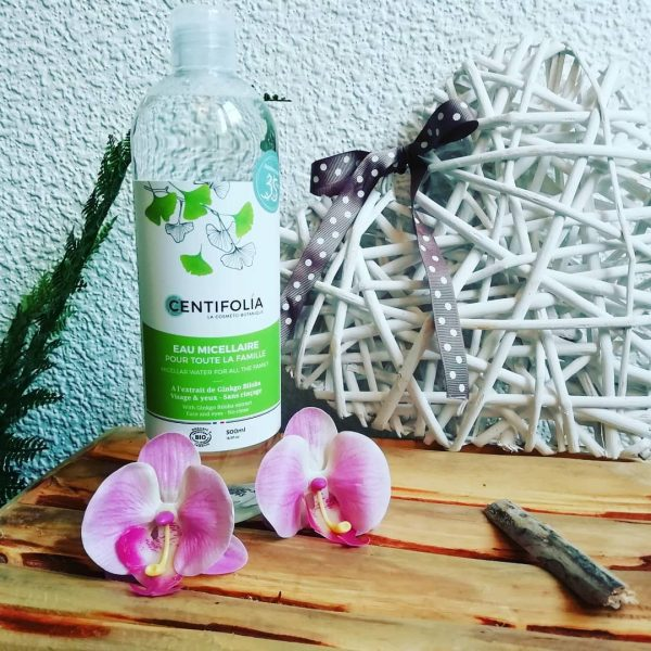nước tẩy trang rau má centifolia, nước tẩy trang rau má centifolia có tốt không, review nước tẩy trang rau má centifolia về mùi hương