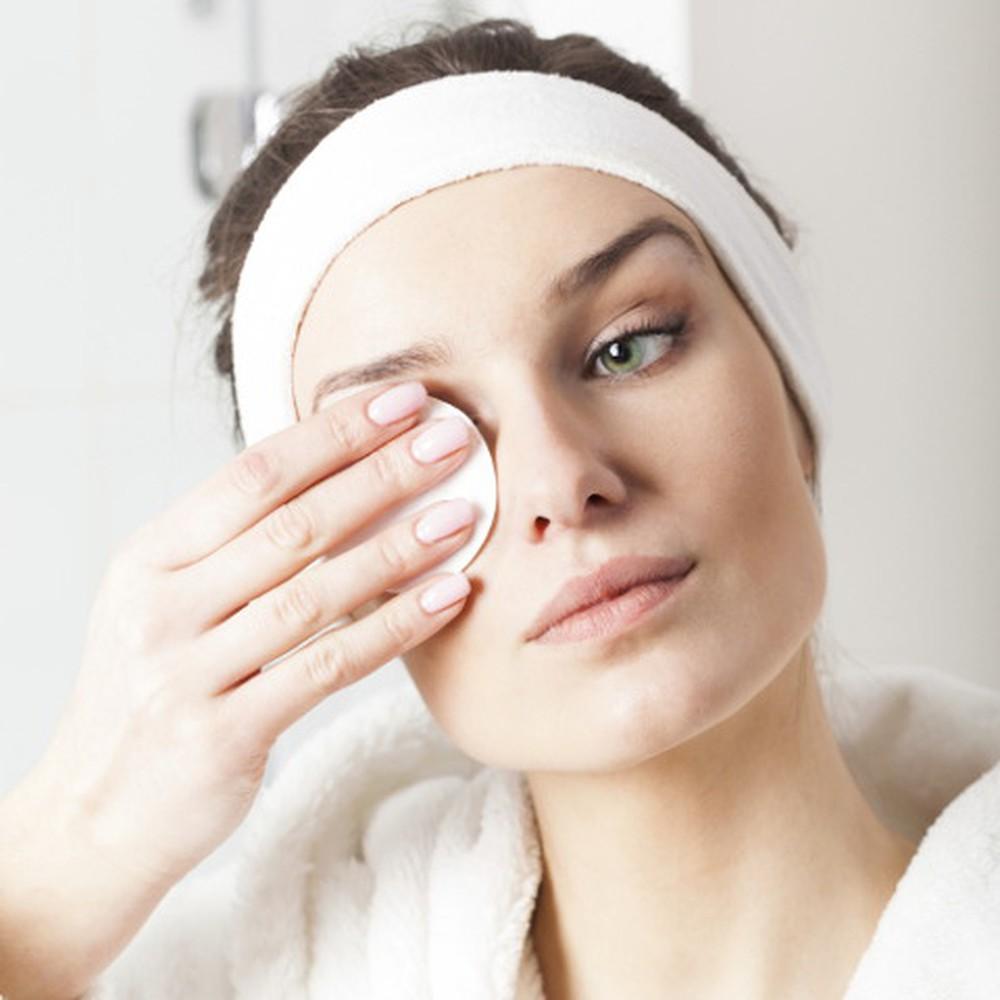 nước tẩy trang mắt môi là gì