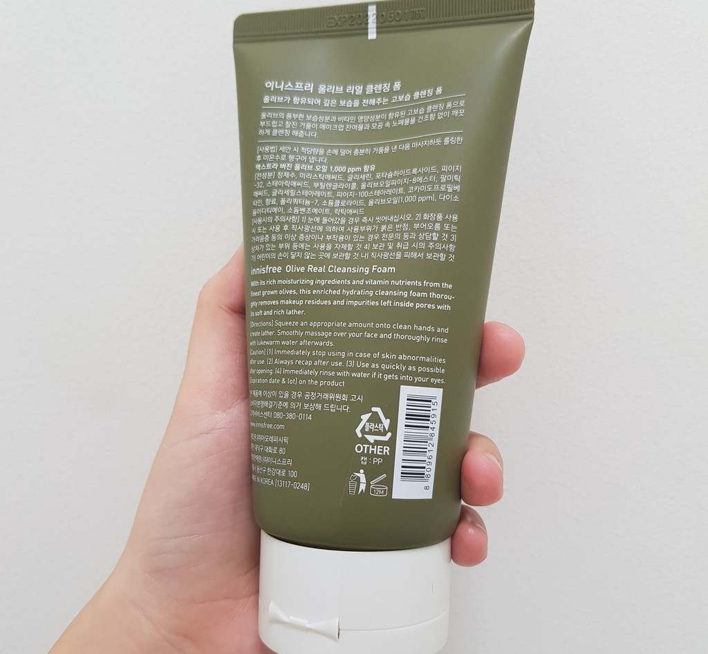 sua rua mat Innisfree Olive Real Cleansing Foam review ve thanh phan