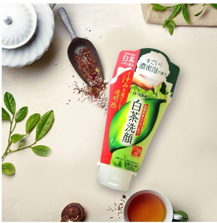 review sữa rửa mặt trà xanh shirochasou về mùi hương