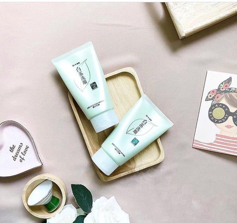 review sữa rửa mặt trà xanh shirochasou về khả năng làm sạch
